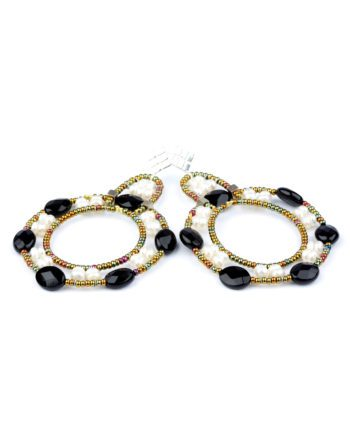 handmade earrings roue black white